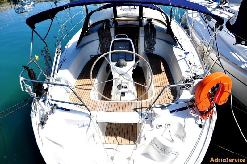 Bavaria 33 Cruiser Small AS