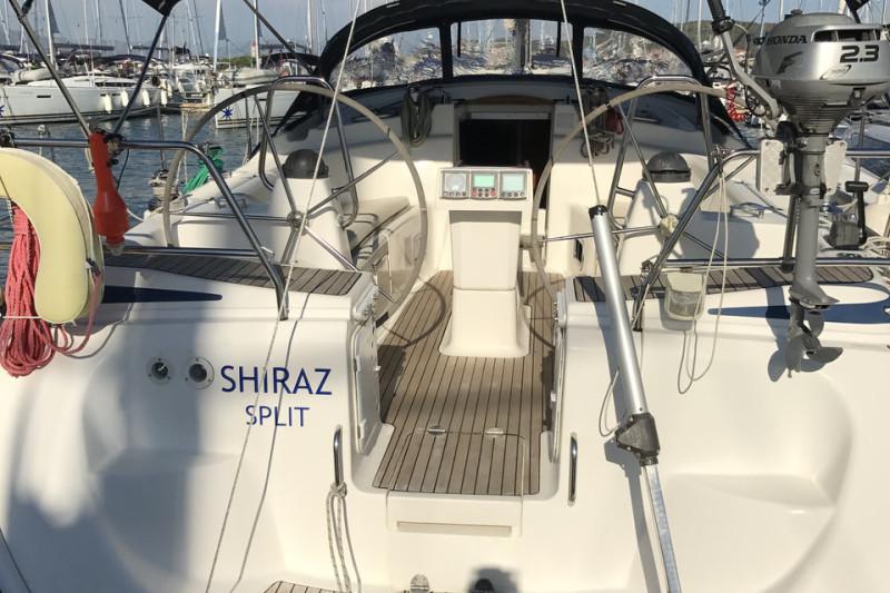 Bavaria 42 Cruiser Shiraz