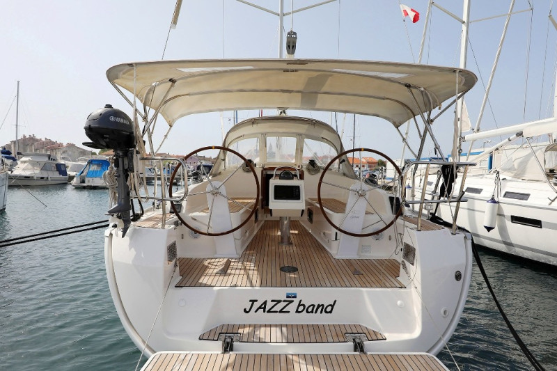 Bavaria Cruiser 37 JAZZ BAND