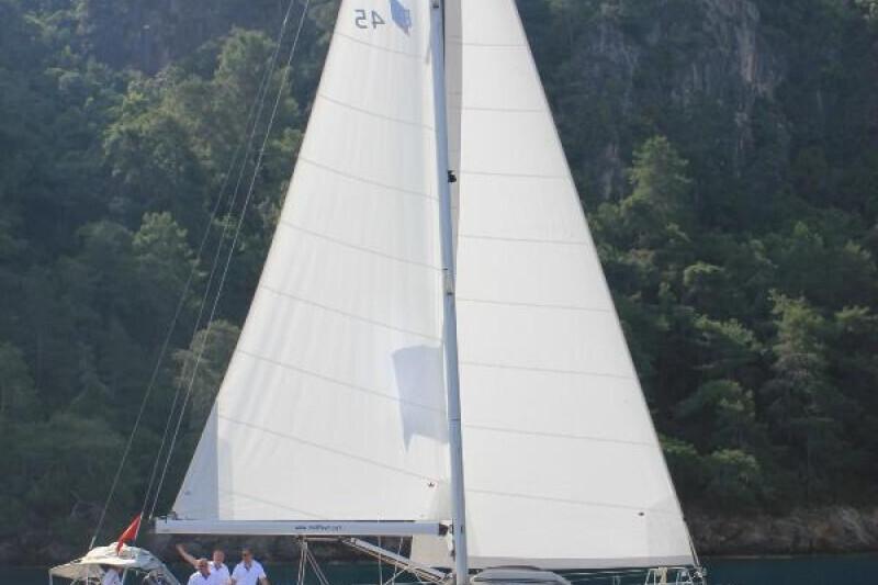 Bavaria Cruiser 45 Sail Bravo