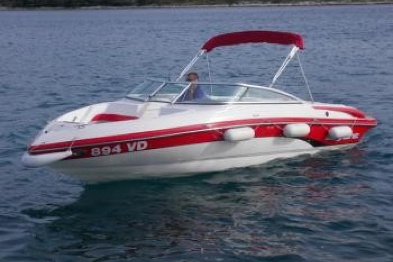 Bryant 210 Bowrider 894 VD (D)