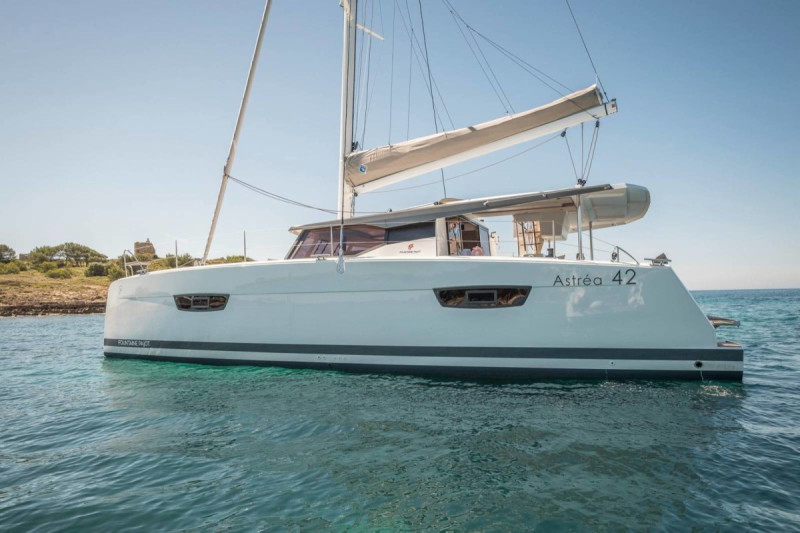 Fountaine Pajot Astrea 42 AMELY 1