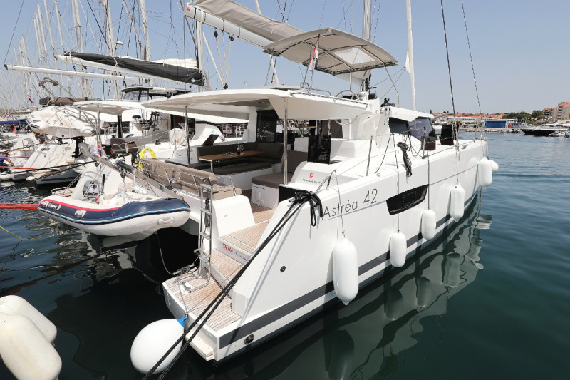 Fountaine Pajot Astrea 42 Bella V