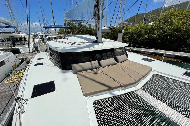 Fountaine Pajot Lucia 40 Sunrise
