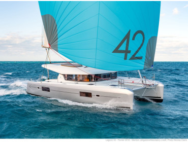 Lagoon 42 Solaris- DRAFT BEER ON BOARD FOR FREE