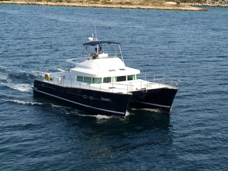 Lagoon Powercat 43 Perseus 1