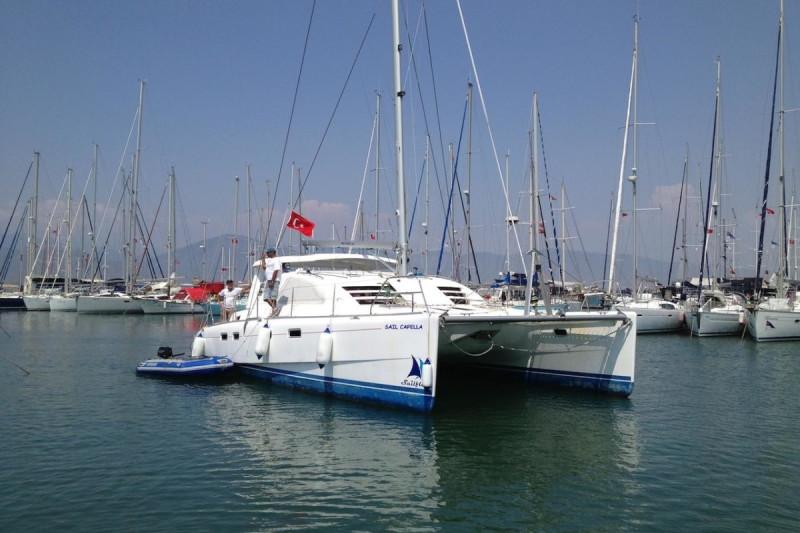 Leopard 434 Sail Capella