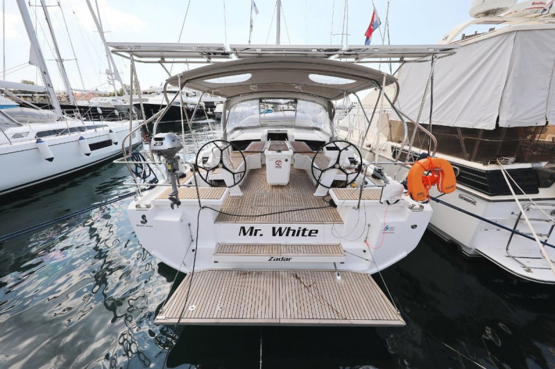 """Oceanis 46.1 """"Mr.White"""" with A/C and generator"""