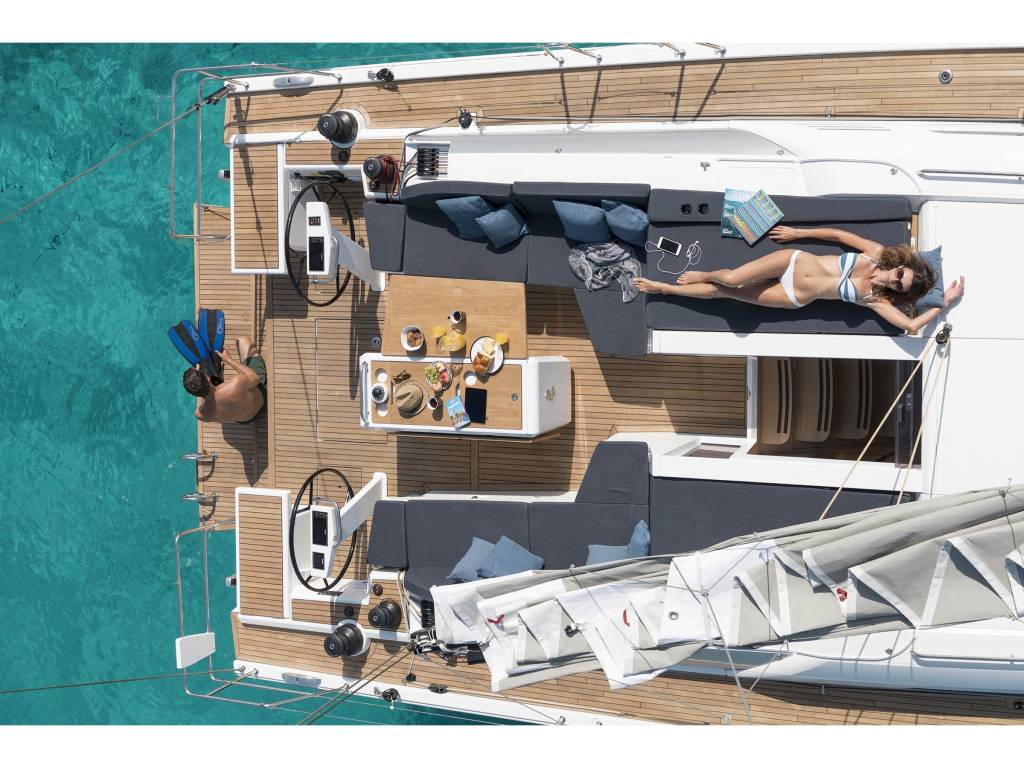 Oceanis 51.1 MAMAMIA (WITH AC&GENERATOR OWNER VERSION)