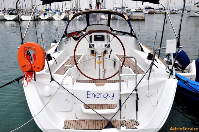 Sun Odyssey 33i Energy