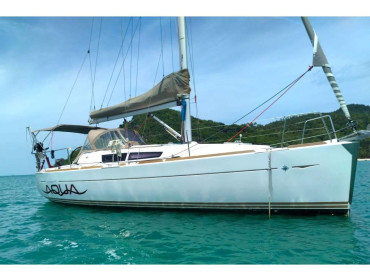 Sun Odyssey 33i Aqua