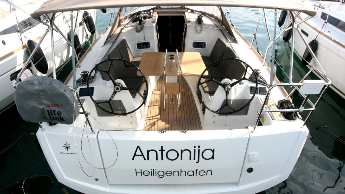 Sun Odyssey 349 Antonija