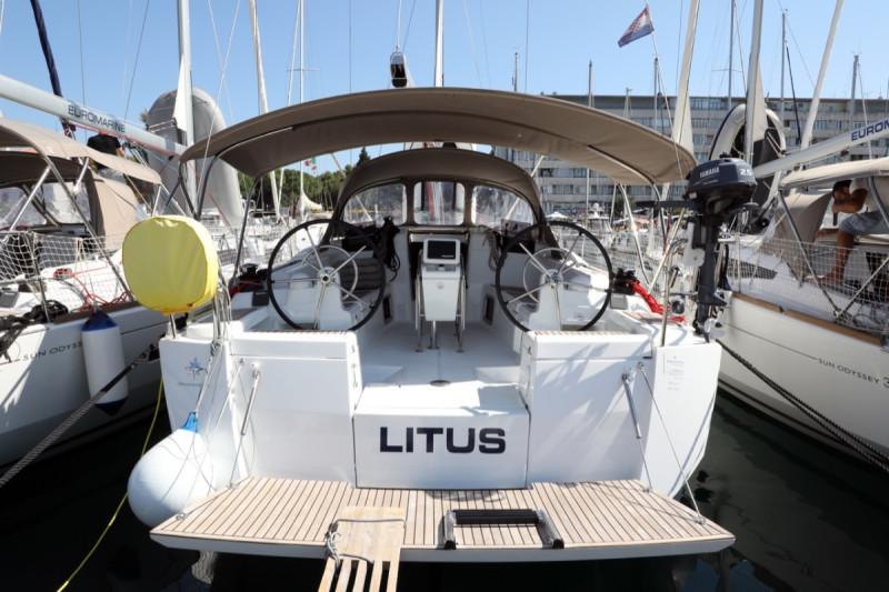 Sun Odyssey 419 Litus