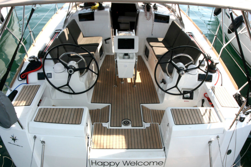 Sun Odyssey 419 Happy Welcome