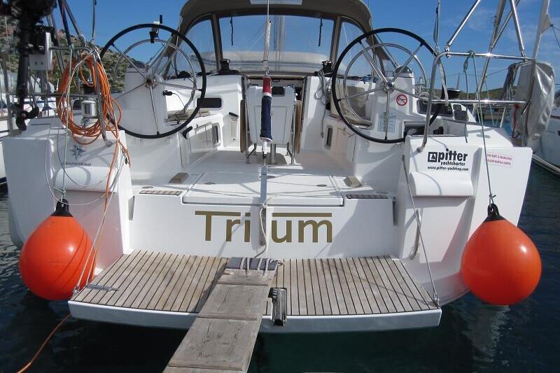 Sun Odyssey 469* Trium