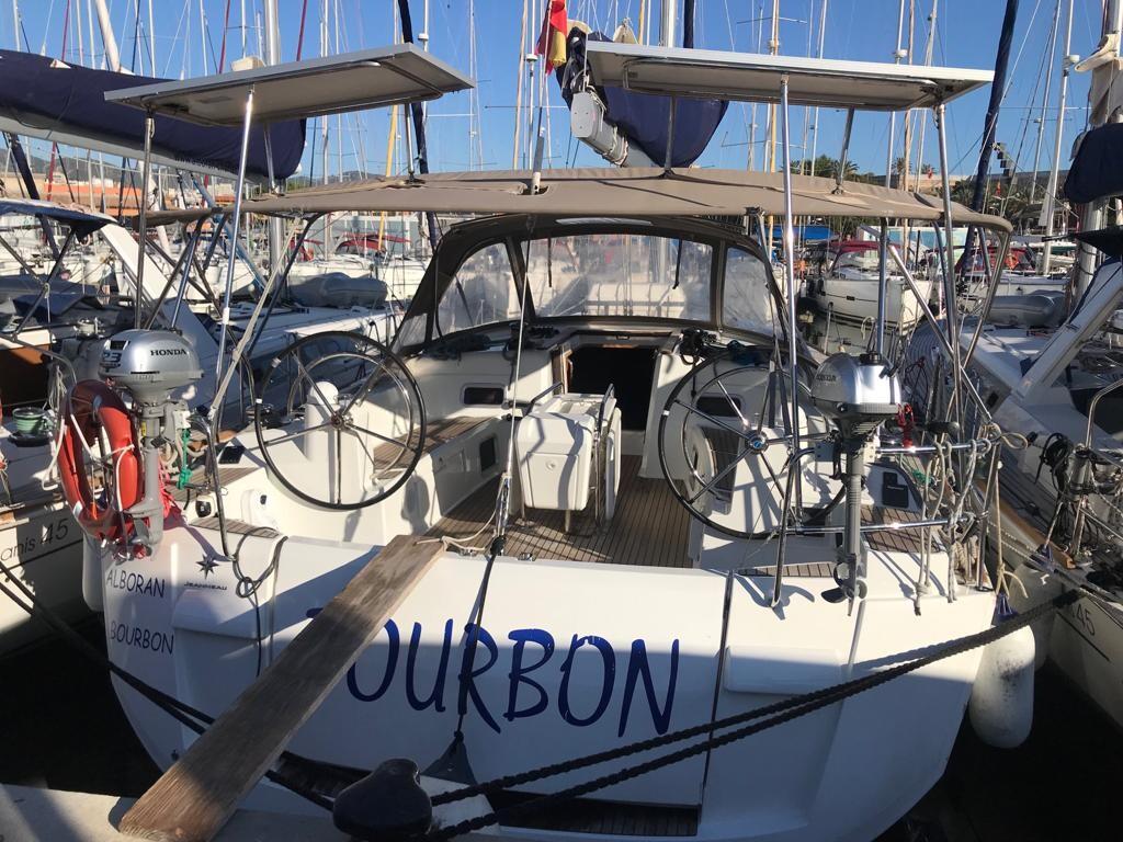 Sun Odyssey 519 Alboran Bourbon (Majorca)