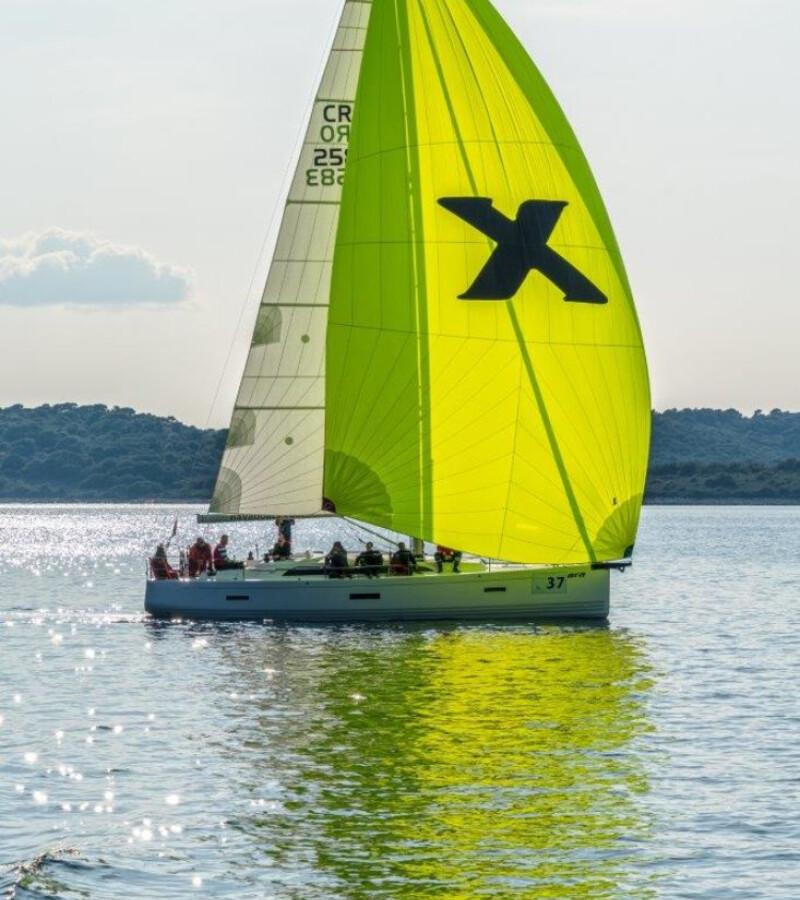 x-Yacht X4³ Xara